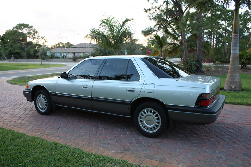 1987 Acura Legend Sedan